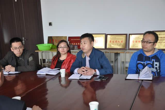 黑幼专外语系学生工作者来我校外语学院交流经验 -_牡丹江大学